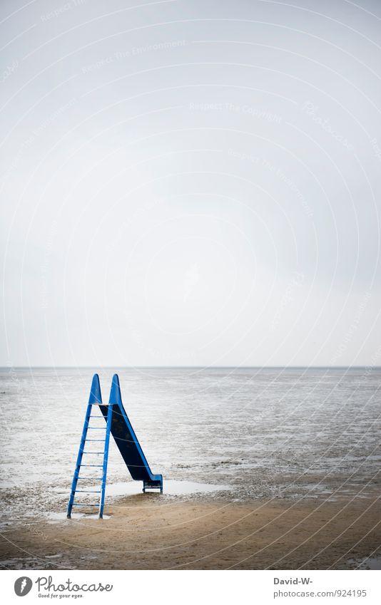 Wasserrutsche im nirgendwo Wellness Freizeit & Hobby Spielen Kinderspiel Ferien & Urlaub & Reisen Abenteuer Ferne Meer Mensch Kleinkind 3-8 Jahre Kindheit