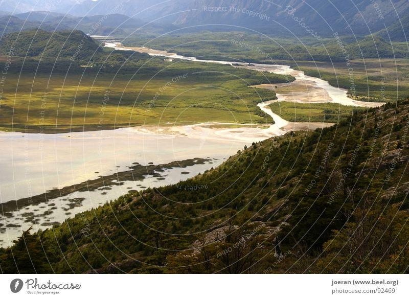 Das Tal Berge u. Gebirge Stimmung wandern Nebel nass Fluss Spaziergang Bach mystisch Bergsteigen unheimlich Tal