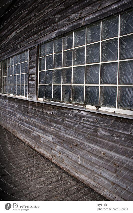 (Titel ?) alt Fenster Holz Gebäude braun Baustelle Alpen verfallen Station obskur Hütte Rahmen Fensterbrett attackieren Leitersprosse