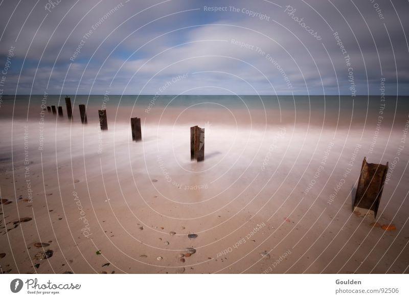 Weitblick Wasser Meer Strand Ferien & Urlaub & Reisen ruhig Erholung Freiheit See Wellen Zeit Horizont Aussicht Stahl Rost Steg Nordsee