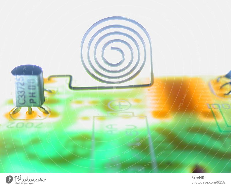 Plus Spirale Platine Batterie Makroaufnahme Nahaufnahme