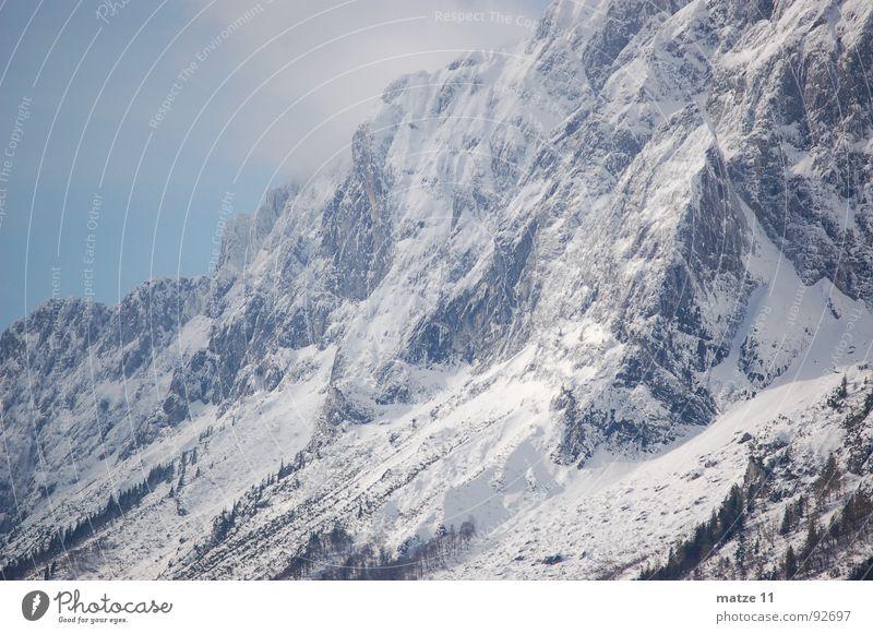 Der Grimming (Steiermark) Winter kalt Schnee Berge u. Gebirge Wind Felsen steil