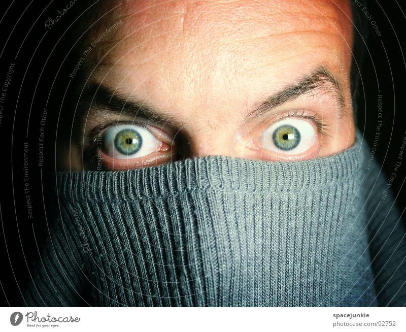 Look Into My Eyes Mann Freude Auge Gefühle verrückt Maske tief Pullover skurril Humor intensiv hypnotisch hypnotisierend