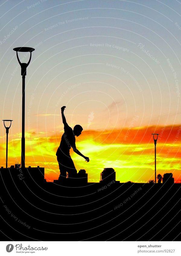 sunset skater Sonnenuntergang Skateboarding Zufriedenheit Spielen Sommer Kapstadt lights Silhouette