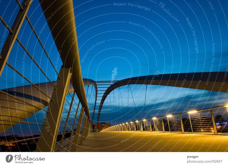 Dynamic Bridge gelb Schwung Basel Brücke Dynamik Abend Himmel blau Geländer Rhein Architektur
