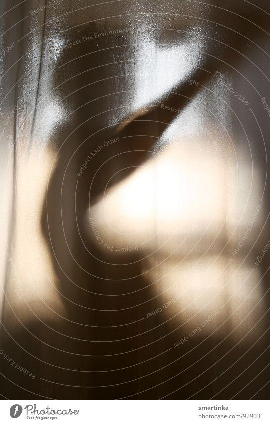 Psycho V Frau Einsamkeit Haut Wassertropfen Bad beobachten feucht Körperpflege Kurve Dusche (Installation) Waschen Wasserdampf Voyeurismus gesichtslos