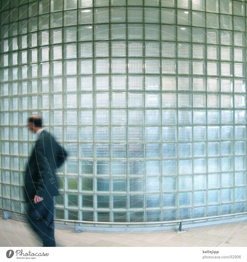 pixelmann Glasbaustein Mann Geschäftsleute Glatze Mauer Wand einchecken Abdeckung Flugplatz Ferien & Urlaub & Reisen Ankunft Wölbung Biegung rund Tasche