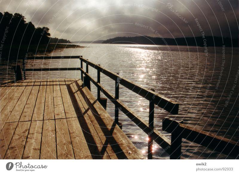 Abend am Mälarsee Farbfoto Gedeckte Farben Außenaufnahme Menschenleer Textfreiraum rechts Tag Licht Schatten Kontrast Sonnenaufgang Sonnenuntergang