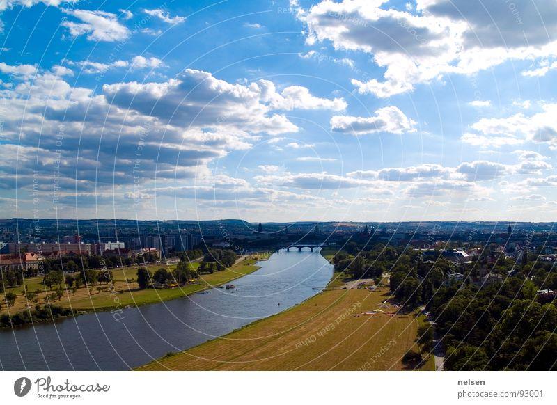 Dresden City Overview Gleitschirm Gleitschirmfliegen Wolken Luftverkehr Freiheit Himmel Elbe Fluss