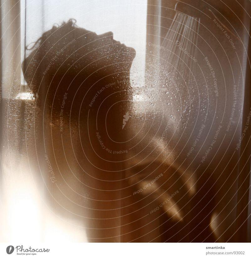 Psycho VI Frau Einsamkeit nackt Haut Wassertropfen Bad beobachten feucht Körperpflege Kurve Dusche (Installation) Waschen Akt Wasserdampf Voyeurismus