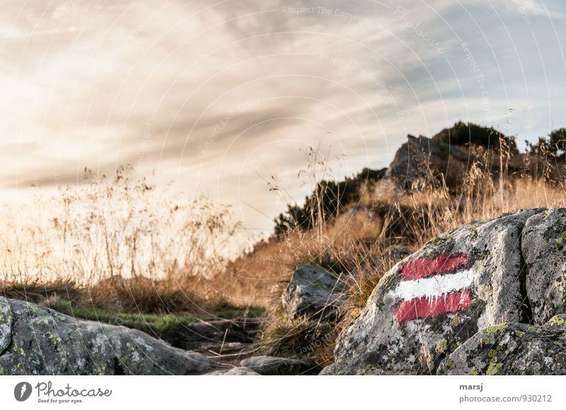 Bitte, hier geht´s lang. Himmel Natur Ferien & Urlaub & Reisen Sommer Einsamkeit Wolken Berge u. Gebirge Herbst Bewegung Freiheit Stein Felsen Wetter leuchten Tourismus authentisch