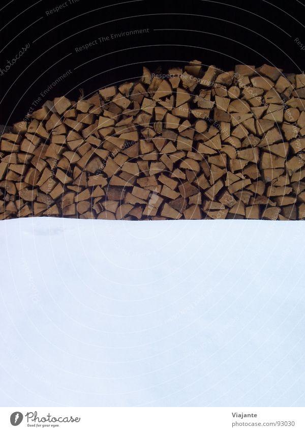 Winter-Bild: Holz und Schnee Strukturen & Formen Baustelle Handwerk Energiewirtschaft Säge Erneuerbare Energie Natur Klimawandel Wetter Baum eckig kalt viele