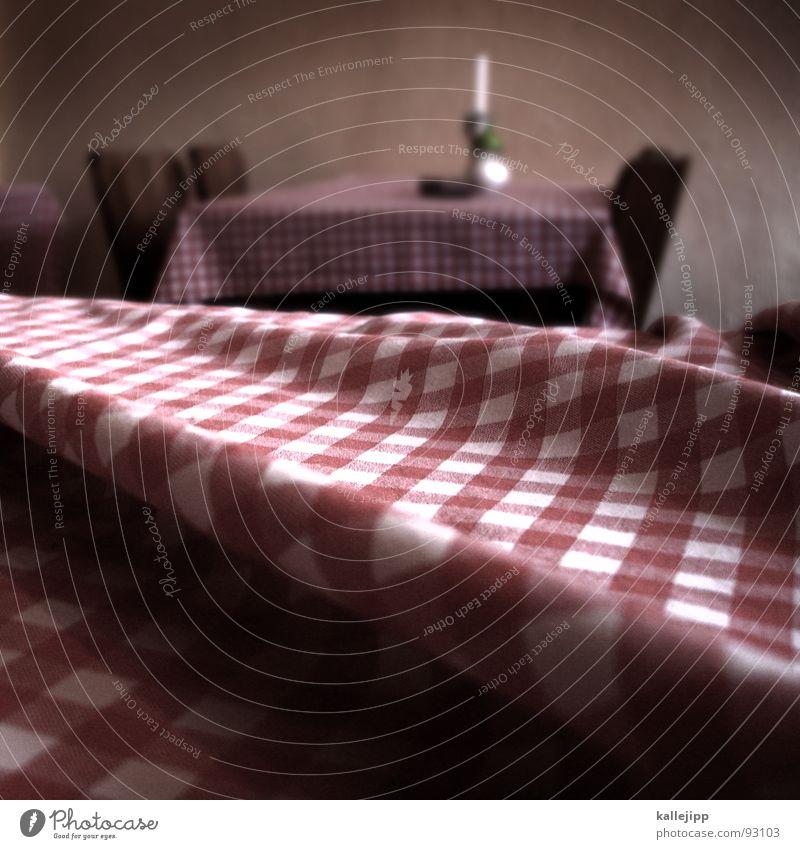 tischlein deck dich Ernährung sitzen Tisch Kerze Stuhl Italien Restaurant Falte Fressen hocken Faltenwurf klecksen knittern Italiener wühlen