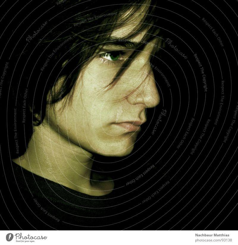 focus Mann Gesicht ruhig schwarz Auge Kopf Denken Mund Nase Konzentration ernst fixieren zielstrebig