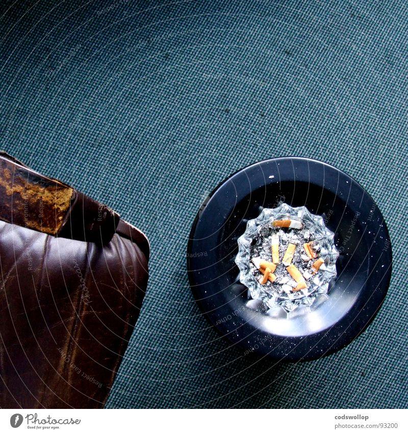 kippensaal Raum Suche Stuhl Rauchen Wissenschaften Warnhinweis Zigarette Leder Teppich Teer Warnschild Nikotin 17 Arbeitspause Zigarettenstummel Kohlenmonoxid