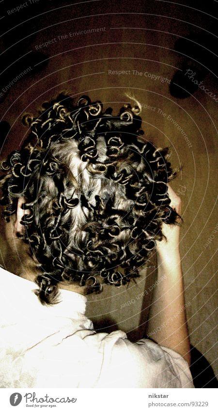 wirrungen Frau Mensch Haare & Frisuren Kopf Haut Konzentration Fragen Locken durcheinander