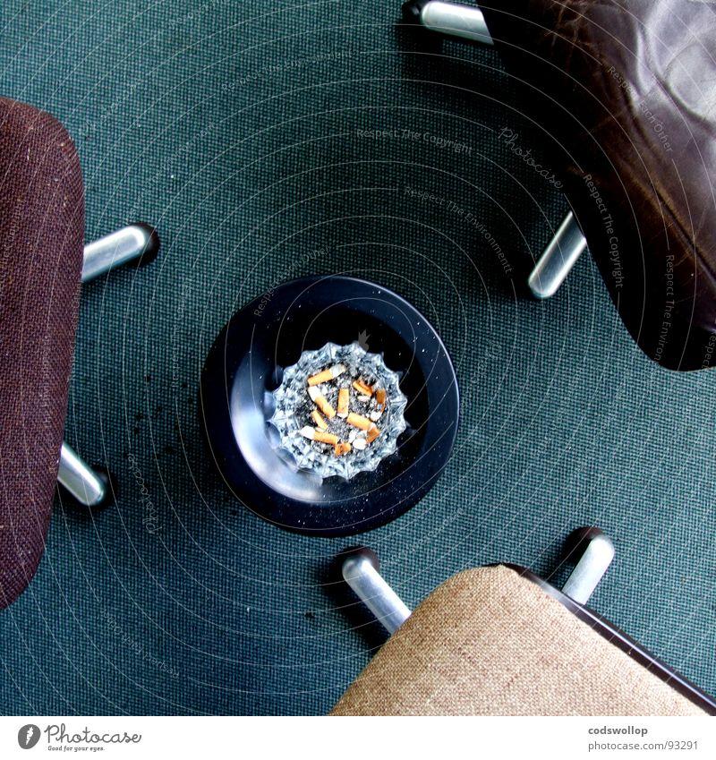 kettenregel Raum 3 Kreis Suche Stuhl Rauchen Sitzung Wissenschaften Warnhinweis Club Zigarette Leder Verabredung Teppich Teer Warnschild