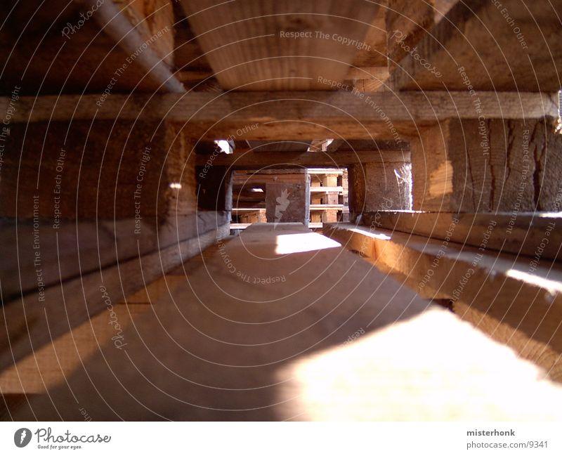 sonnenbretter Sonne Holz Industriefotografie Dinge Gewerbe Lager Paletten
