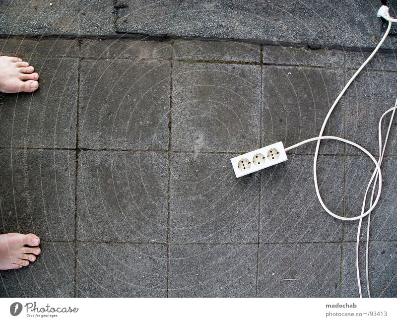 BARFUSS Kraft Energiewirtschaft 3 Beton stehen Elektrizität Bodenbelag Kabel Technik & Technologie Vertrauen Wissenschaften Balkon Barfuß Zehen elektronisch