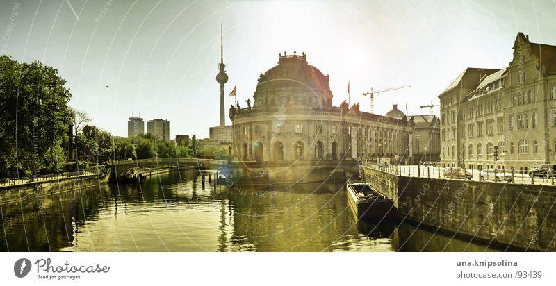 museumsinsel Sonne Berlin groß Mitte Panorama (Bildformat) Hauptstadt Berliner Fernsehturm Spree Museumsinsel