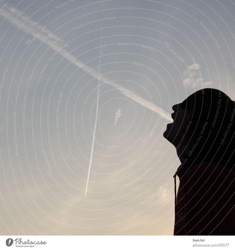 Flugzeuge im Bauch Himmel schön Freude Wolken Ernährung Freiheit Linie Flugzeug Appetit & Hunger Schulklasse Prima Kondensstreifen