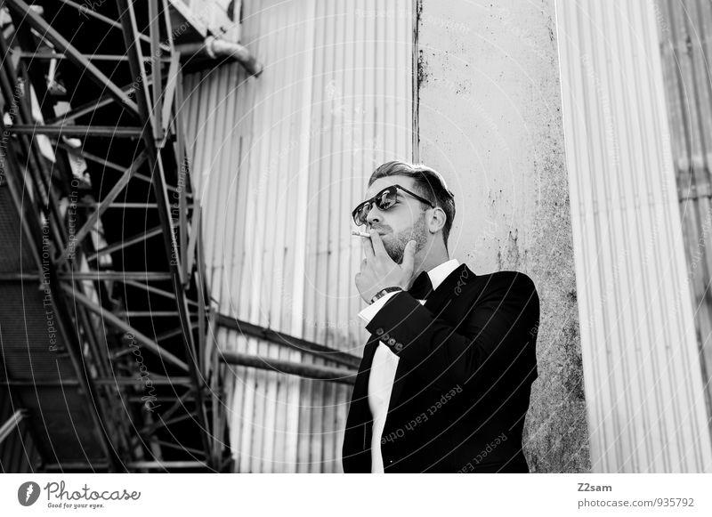 Mr. F Lifestyle Reichtum elegant Stil maskulin Junger Mann Jugendliche 18-30 Jahre Erwachsene Architektur Kieswerk Industrieanlage Mode Hemd Anzug Jacke Fliege