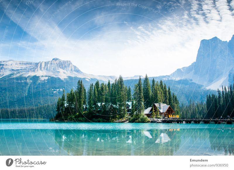Emerald Lake Umwelt Natur Landschaft Urelemente Luft Wasser Himmel Wolken Sommer Wetter Schönes Wetter Baum See Kanada Amerika blau Erholung erleben Tourismus