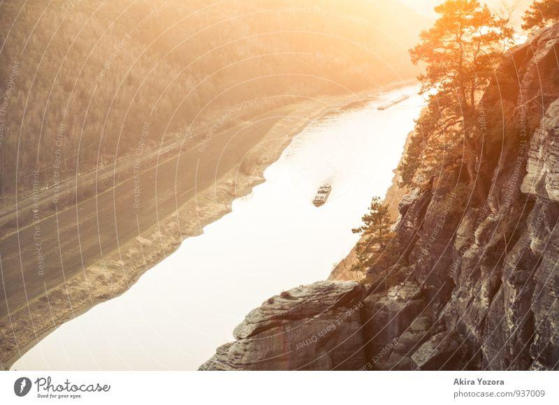 Enjoy the golden Sun II Natur Ferien & Urlaub & Reisen Baum Erholung Landschaft ruhig Berge u. Gebirge natürlich braun Stimmung Felsen orange Tourismus leuchten