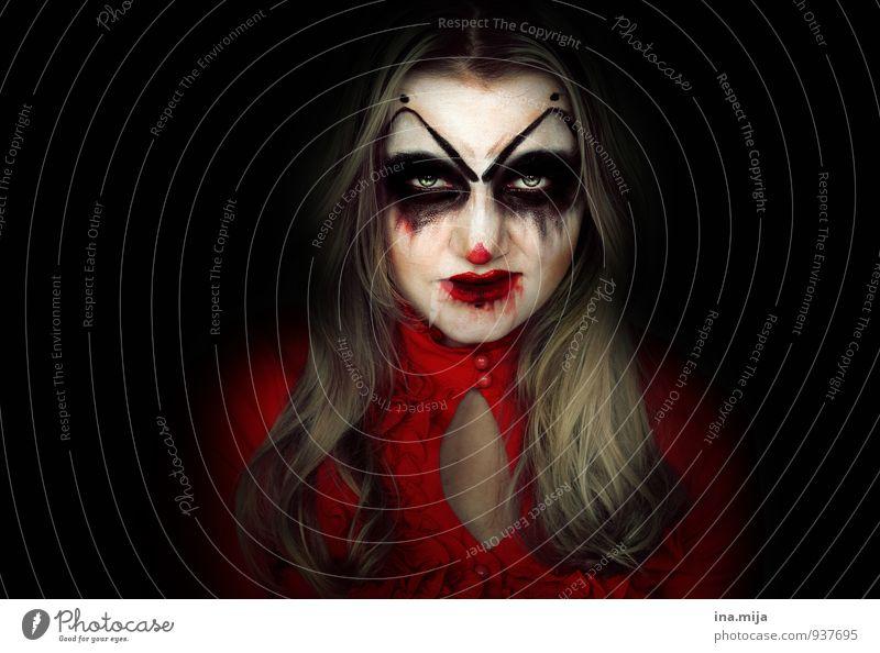 wenn man zum Monster wird Mensch Frau Jugendliche Junge Frau rot 18-30 Jahre schwarz dunkel Erwachsene Gesicht feminin Tod Feste & Feiern verrückt gefährlich