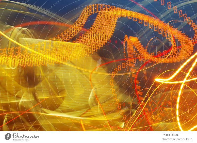 Die wilde Autofahrt Langzeitbelichtung Nachtaufnahme dunkel Geschwindigkeit Reifenspuren Licht Leuchtspur 13 Farbmalerei Lightpainting PKW Busfahren