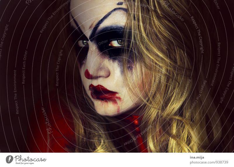 Süßes oder Saures... Feste & Feiern Karneval Halloween Mensch feminin 1 blond langhaarig dunkel Gefühle Stimmung Tugend Laster Todesangst gefährlich Wut Ärger