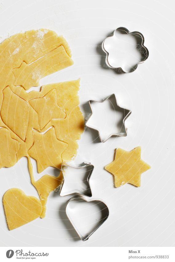 Blume Stern Herz Lebensmittel Ernährung Herz Kochen & Garen & Backen süß Stern (Symbol) lecker Backwaren Teigwaren roh Plätzchen Weihnachtsgebäck Backform Ausstechform Plätzchenteig Plätzchen ausstechen