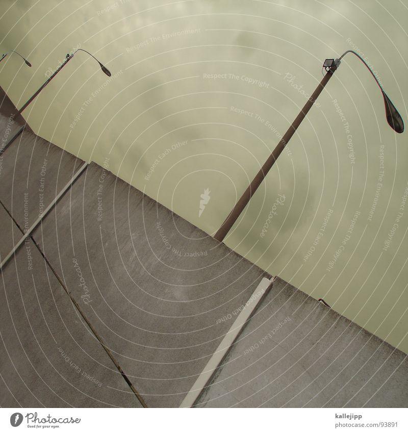 reisefreiheit? Mauer Berliner Mauer Laterne Lampe Straßenbeleuchtung Todesstreifen Sperrzone Grenze Grenzsoldat Streifen Selbstschußanlage