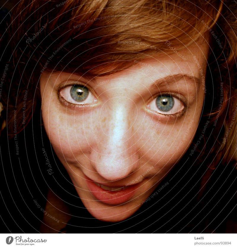 Wirklich..?! Frau blau Freude Auge Glück Haare & Frisuren Mund Nase Fröhlichkeit