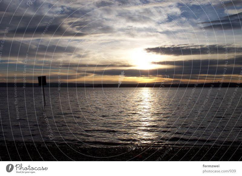 Sonnenuntergang@theSea Natur Wasser Wolken Berge u. Gebirge See