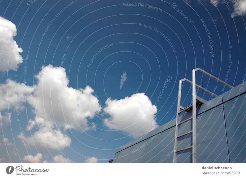 stairway to heaven Himmel weiß blau Sommer Wolken Metall Wetter Treppe Dach aufsteigen zyan