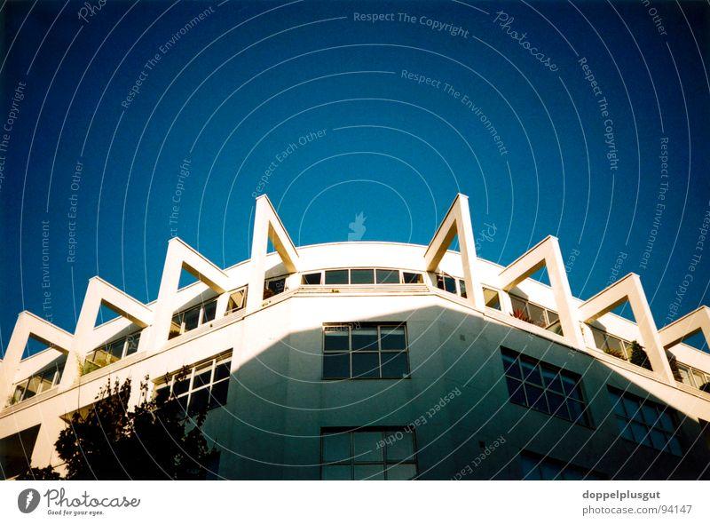 Spinnenhaus Himmel blau Haus Glück Erfolg London 8 Loggia Penthouse