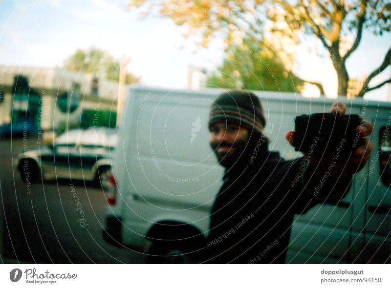 Me Mann Sonne Freude Winter kalt Fotografie Perspektive Spiegel Bart Mütze Selbstportrait
