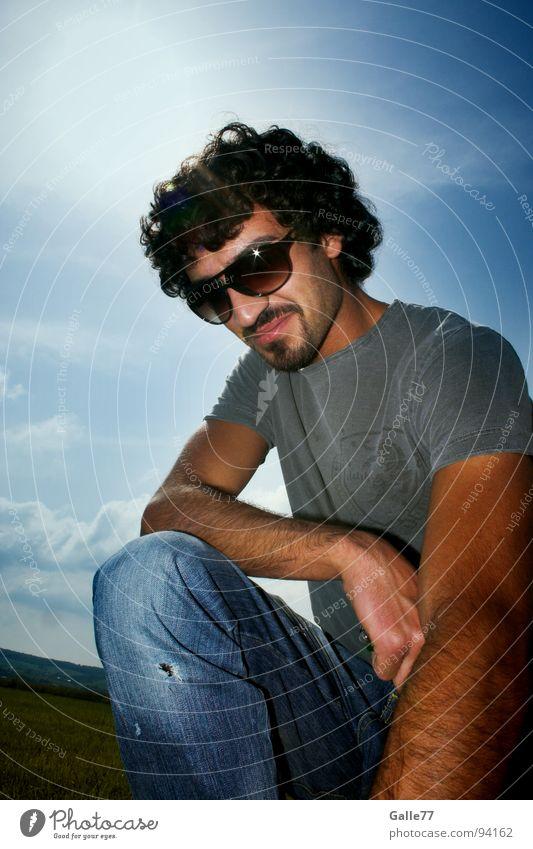 Boy of summer Mann Sonne Sommer Wärme Coolness Körperhaltung lässig clever sympathisch