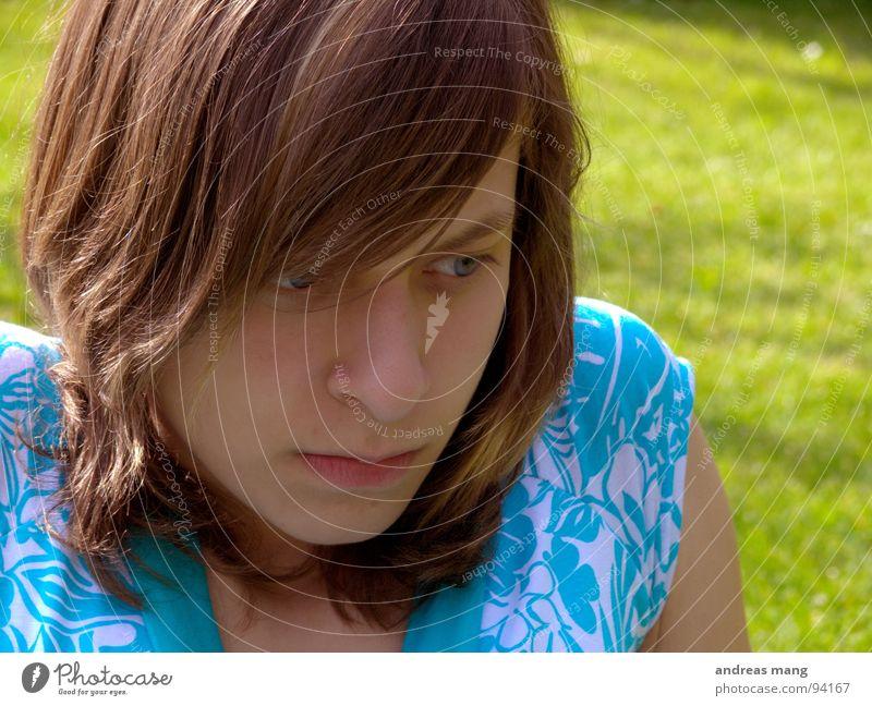 Och Mensch Frau schön Einsamkeit Denken warten sitzen süß Freundlichkeit Gedanke untergehen genervt