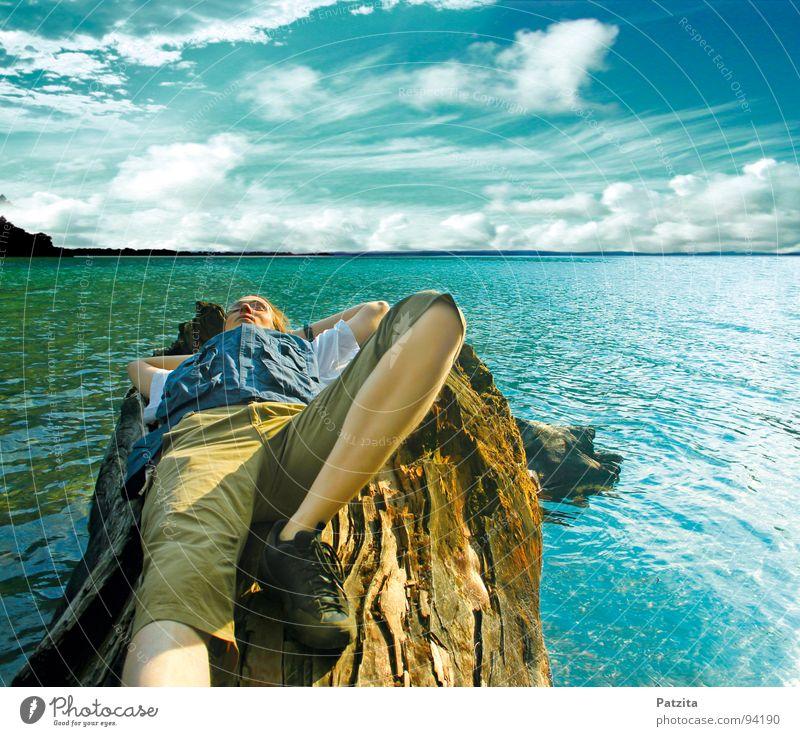 unendliche Weite Mensch Himmel Mann Natur blau Wasser Baum Sommer Meer Wolken Einsamkeit ruhig Ferne Erholung Landschaft Freiheit