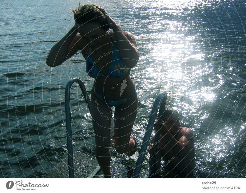 abgekühlt Wasser Sonne Sommer Freude Ferien & Urlaub & Reisen springen Haare & Frisuren See nass Schwimmen & Baden heiß kühlen