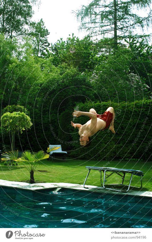 König der Lüfte 2 springen Trampolin Luft Sommer Schwimmbad nass Erfrischung Kühlung tauchen Freude spritzen Schwimmen & Baden fliegen Garten Wasser Air