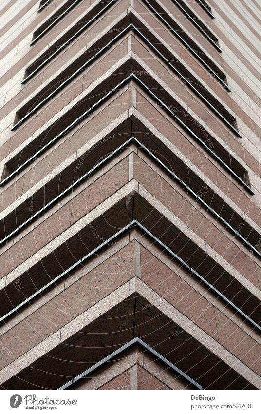 Upgrade Haus Ecke rot Granit Bürogebäude flach modern Pfeil Marmor Stein Schatten aufwärts Mitte Minden Linie Rechter Winkel zeigen Gen Himmel Oben wie unten