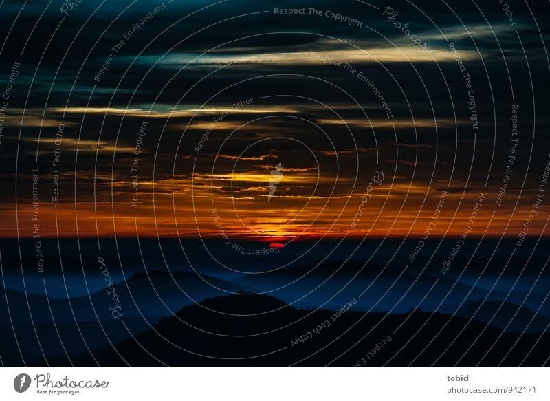 Sun Pt.2 Himmel Natur blau Einsamkeit Landschaft Wolken Ferne dunkel Wald kalt gelb Berge u. Gebirge Wärme Herbst Horizont Idylle