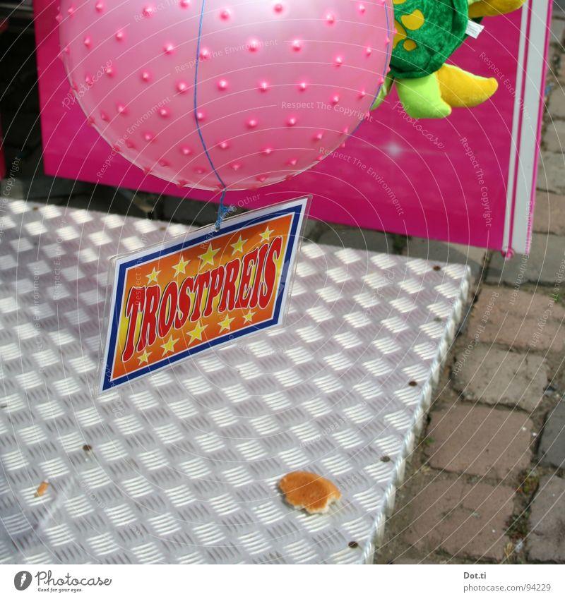 untröstlich Spielen Glück Stein Traurigkeit Metall rosa Schilder & Markierungen Stern (Symbol) Schriftzeichen Buchstaben Müll Spielzeug trashig Veranstaltung Jahrmarkt