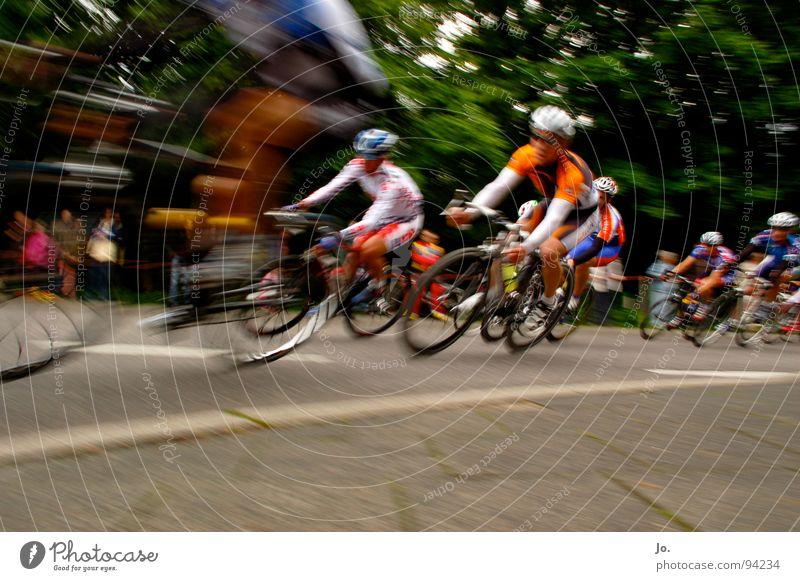 epo on tour.. Fahrrad Radrennen Refrath Sportveranstaltung Rennrad Doping Geschwindigkeit Competition Beginn Ziel Rund in Refrath Herbert Watterott EPO