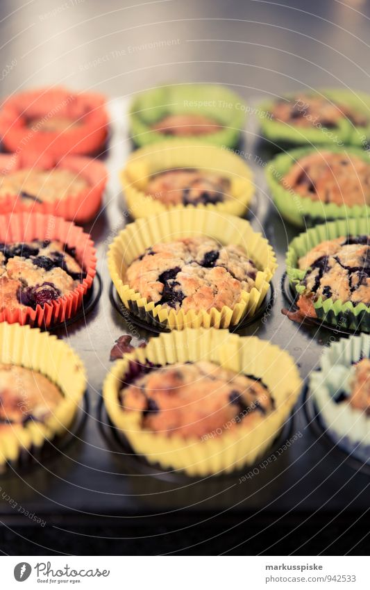Heidelbeer Muffin Lebensmittel Süßwaren Blaubeeren Strukturen & Formen förmchen Backblech Ernährung Essen Kaffeetrinken Festessen Picknick Bioprodukte
