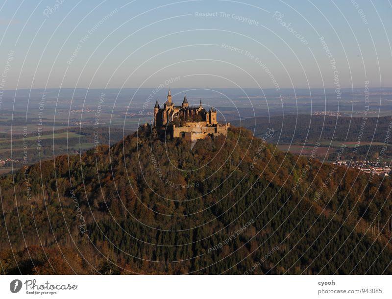 Hohenzollern Burg oder Schloss alt Bekanntheit frei historisch blau braun Sicherheit Schutz Geborgenheit Abenteuer Ewigkeit Freiheit Kultur Reichtum Macht Stolz