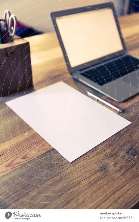 home office blanko papier Büro Papier retro trendy Schreibtisch Notebook altehrwürdig Zettel blanko Designer